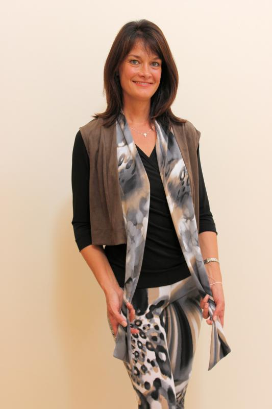 suede-scarf-waistcoat-and-leggings