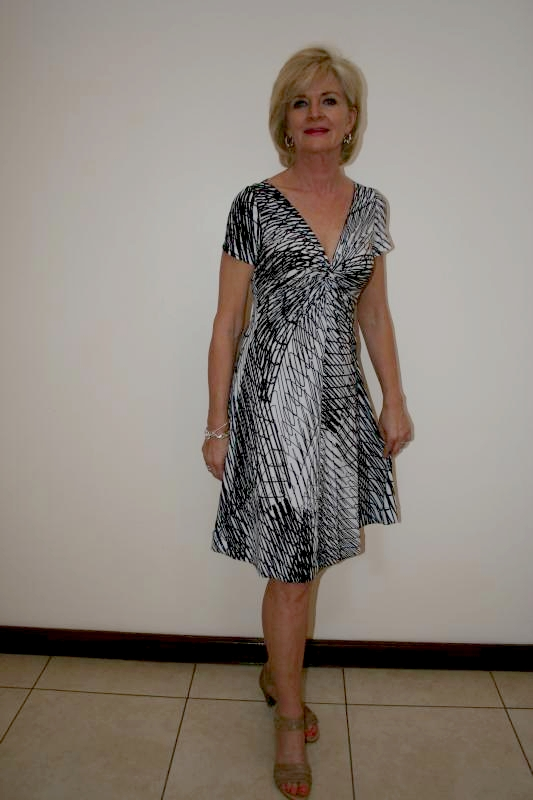 flared-twisted-dress-black-and-white